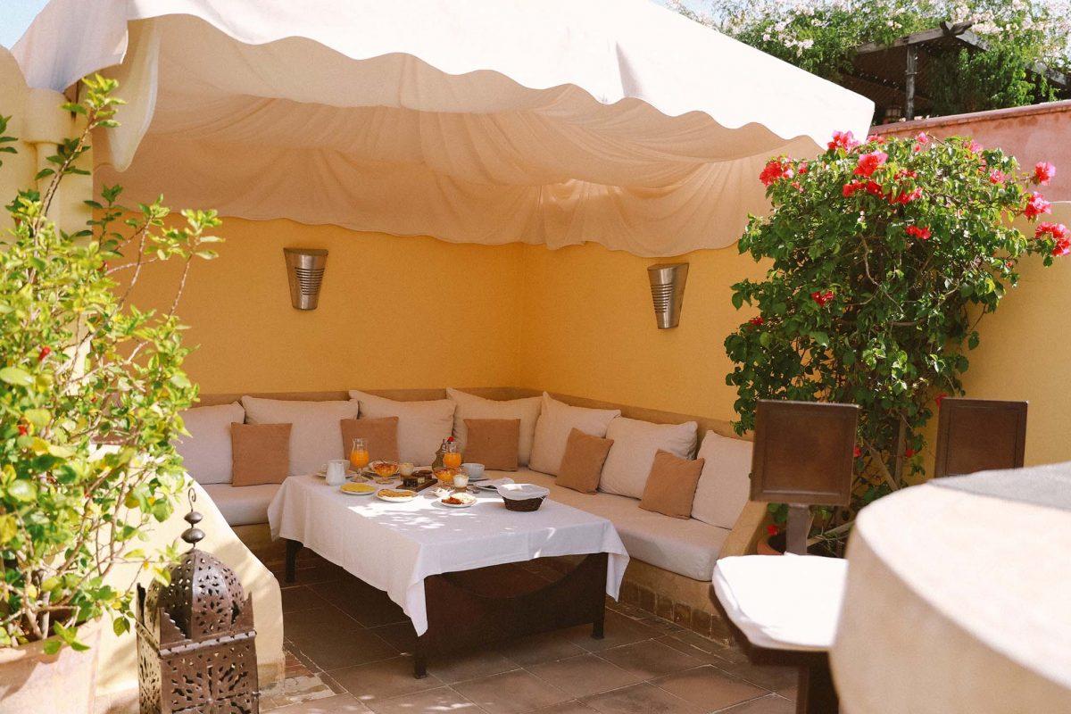 RIAD COCOON MARRAKECH   riad luxe medina, terrasse petit-déjeuner marrakech